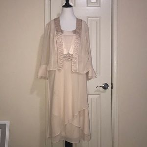 2 Piece Belk Champagne Dress with Jacket Worn Once